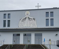 Oficjalna strona Rzymskokatolickiej Parafii Najświętszej Maryi Panny Królowej Świata w Kędzierzynie-Koźlu (Rogach)